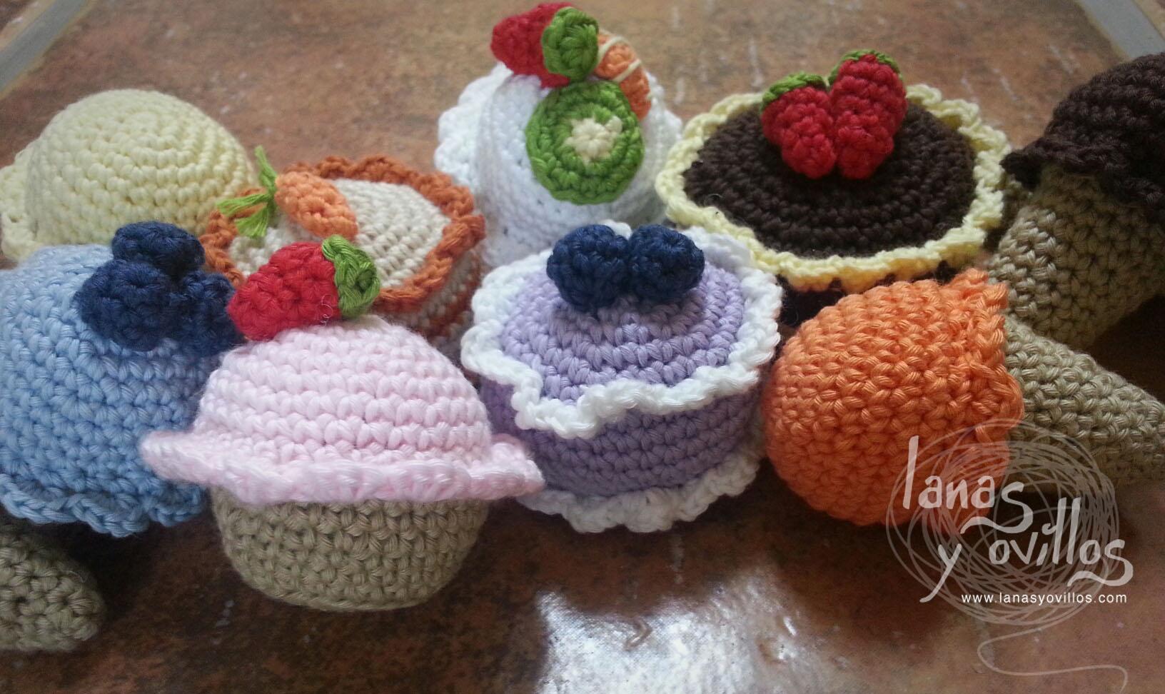 mini sweets amigurumi crochet free pattern with video tutorial