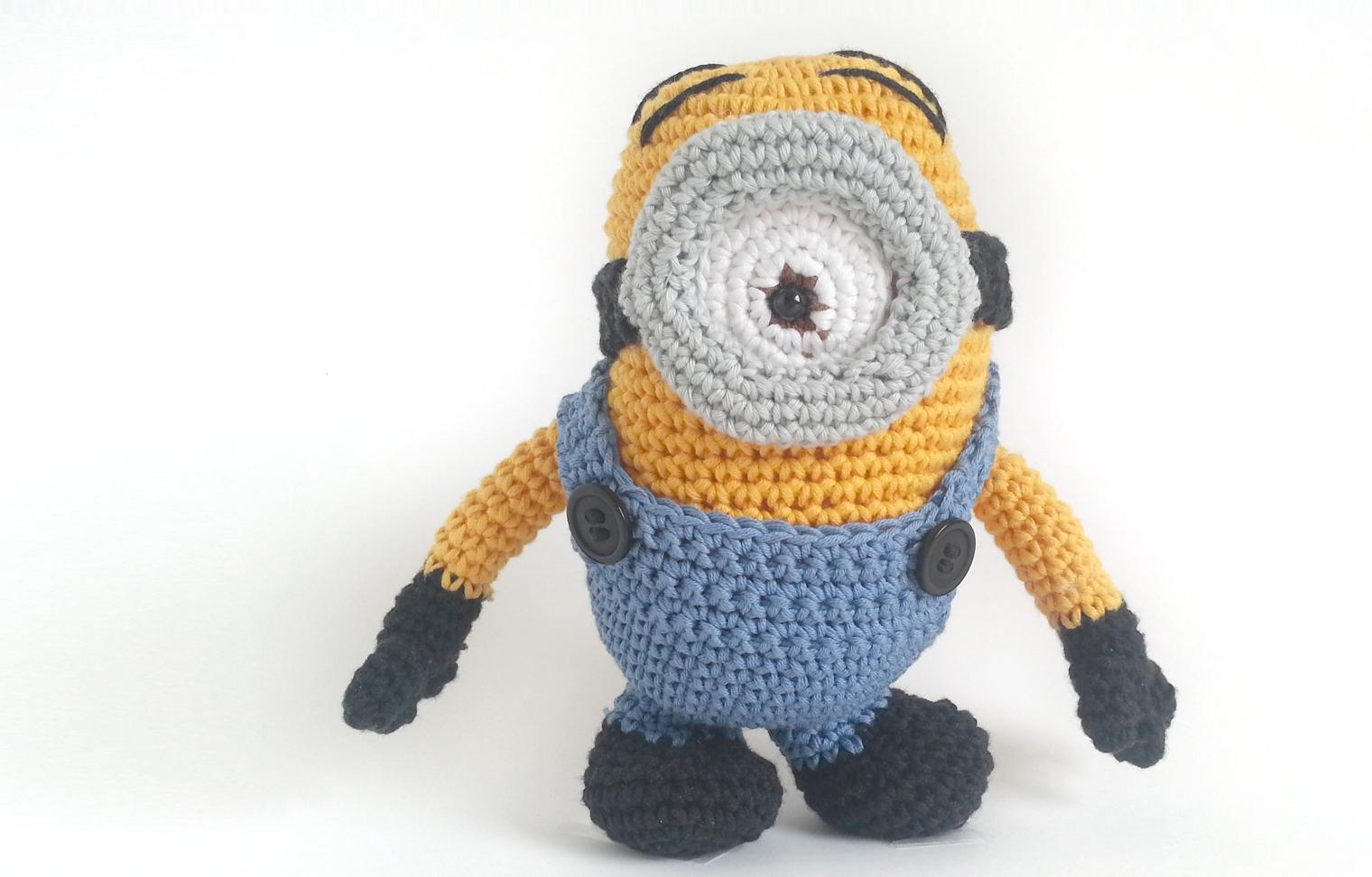 Minion amigurumi crochet free pattern with video tutorial
