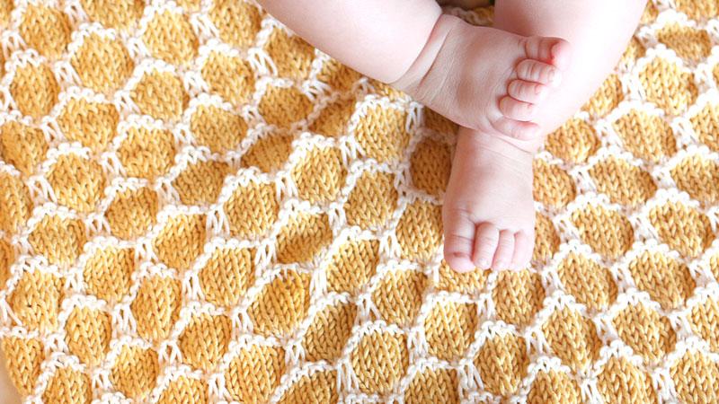 honeycomb beehive baby blanket free knitting pattern