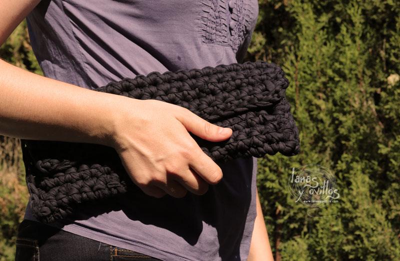 crochet clutch chunky yarn free pattern