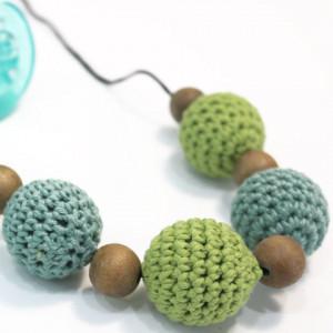 free crochet nursing necklace crochet pattern