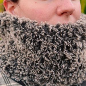 easy circular scarf polar free crochet pattern