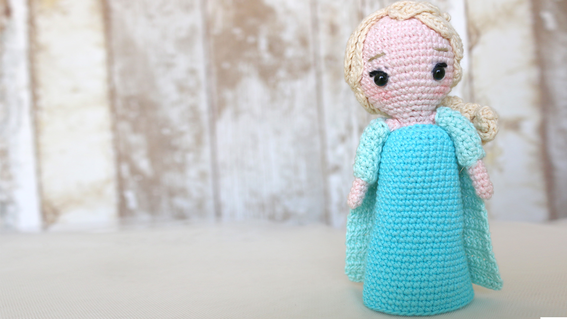 elsa frozen princess disney amigurumi crochet free pattern
