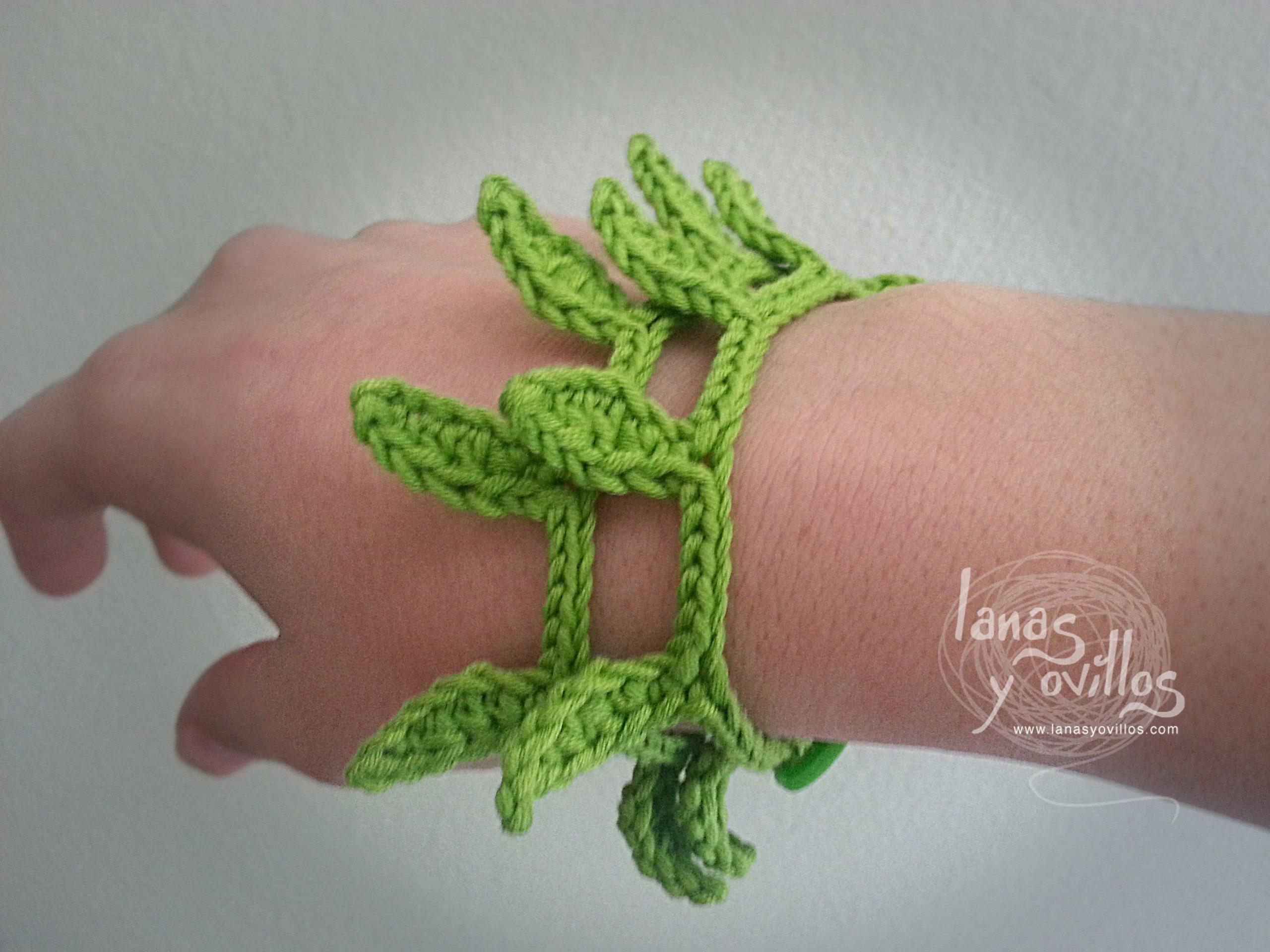 leafs crochet bracelet free pattern