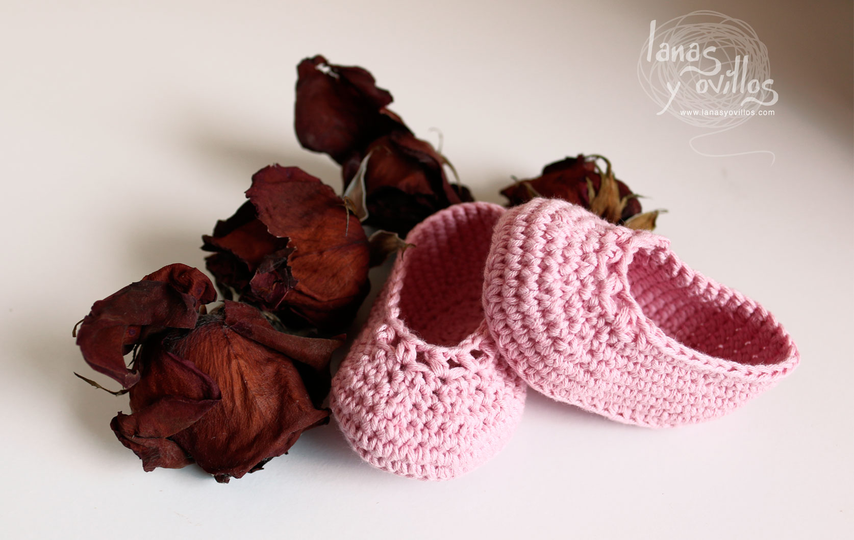 easy baby shoes crochet free pattern